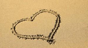 heart-sand-360x200